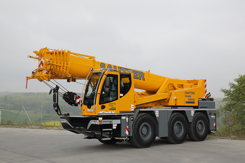 LTC 1045-3 1 50ton City Crane