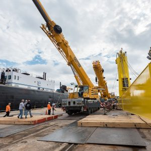 Sautter Crane Image - Naval Yard (2 of 12)